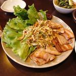 韓国家庭料理 唐辛子 - サムギョッサル