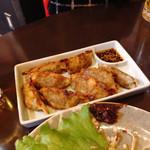 韓国家庭料理 唐辛子 - 青とう餃子
