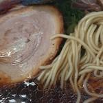 ななまる - 麺アップ
