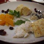 ビストロッソミュジーク - チーズ盛り合わせ