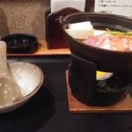 夢やぐら - ほろ酔いセット1,250円の豚チゲ鍋は通常不明円