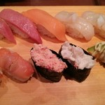 寿司 魚がし日本一 - 大トロ・サーモン・ホタテ・赤貝・カニマヨ軍艦・つぶ貝サラダ軍艦・アボガド