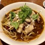 中国遊膳 匠 - 豚しゃぶ肉の麻辣スープ煮