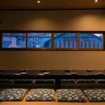 旬の鮮魚と魂の煮込み 照 - 団体様もゆっくりご利用いただける個室です。