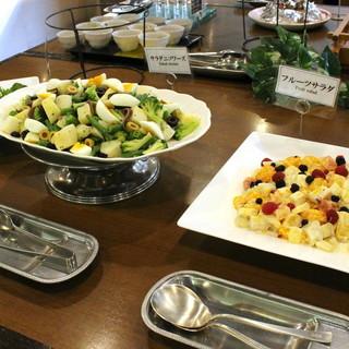 地元・奈良のお野菜が豊富。ヘルシーだからお腹一杯食べられる!