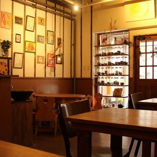 台湾の山の上にある茶芸館を再現。スローな雰囲気に癒やされて*