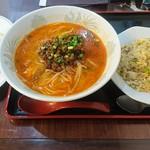 上海麺餃王 -