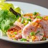 ノング インレイ - 料理写真:お肉とお米の皮無しソーセージ