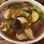 97309348 - 香菇麺(椎茸うま煮そば)870円。