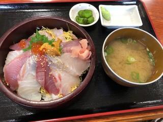 お食事処 かいがん - 特上海鮮丼1200円