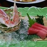 札幌かに本家 - 「ズワイかに・トロ流氷盛り」