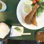 レストラン伊吹 - エビフライ定食
