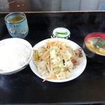 97318107 - 肉入り野菜炒め定食