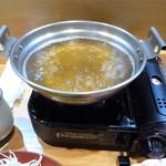 すき焼き・しゃぶしゃぶ・懐石料理 小豆 - お出汁をぐつぐつ