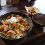 丸太小屋レストラン  びんずる -