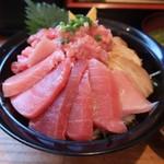 97322366 - 鮪三昧丼(1380円)大盛(50円)※訪問日によってメニュー.値段が変わります。