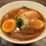 麺行使 伊駄天 - 料理写真:醤油らー麺780円