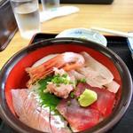 田中屋 - 料理写真:海鮮丼