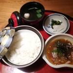 97328595 - 鯛めし小丼 910円