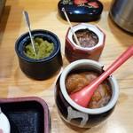 すき焼き・しゃぶしゃぶ・懐石料理 小豆 - 柚子胡椒・梅肉・オリーブ夢豚肉味噌