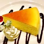 洋食屋 銀座グリルカーディナル - チーズスフレ@しっとりタイプの大きなスフレチーズケーキ