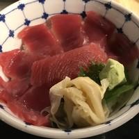 築地魚河岸 海鮮-鉄火丼1000円。