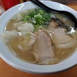 麺ズ赤のれん - ワンタン麺