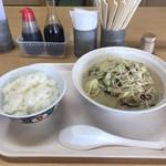 華さん食堂 - 料理写真:ちゃんぽんもごはんも量が多い!