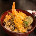 天ぷら 花れ 吉祥寺 - 天丼 (海老2、メゴチ、ピーマン、なす、かぼちゃ)