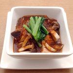 ダイニングバー ワダチ - 国産豚のデミソース煮