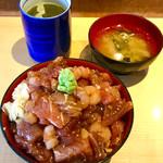 寿し丸 - ランチばらちらし丼大盛870円