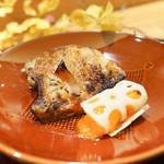 日本料理 太月 - キンキ焼き物に干し柿酢蓮根