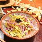 日本料理 太月 - 松葉蟹のくずし、菊の花とキャビヤ乗せ