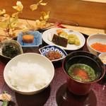 日本料理 太月 - 新米ごはんに新いくら、牛しぐれ、じゃこ、自家製からすみ、のり