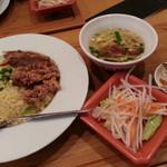 台湾担仔麺 - パイクー炒飯2018.11.25