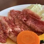 明月館 - ランチBのバラ肉