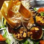 とり蔵 上野店 - 蒸し鶏と焼きナスの冷静680円