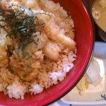 天ぷら季節料理 勝太郎 - 特盛海鮮天丼(1000円)