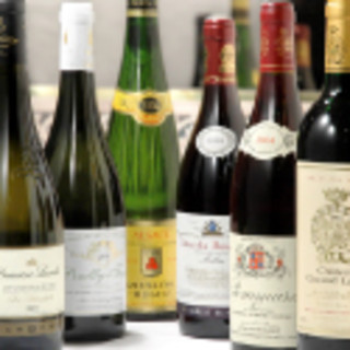 お料理に良く合うフランスワインをご用意。ノンアルコールも!