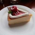 97361761 - ベイクドチーズケーキ