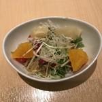 京橋千疋屋 - フルーツサラダ。オレンジとグレープフルーツのスライスは美味しくいただきました。
