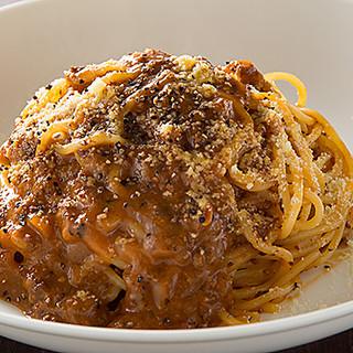 モチモチ食感がクセになる生スパゲッティを多彩なラインナップで