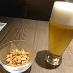 97369387 - ビールとお通し