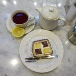 97376096 - 紅茶(レモンティー)、ダミエ
