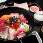 佳楽 - 海鮮丼(天空まぐろ)