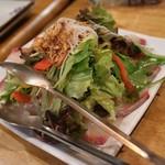 フィッシュ オン ディッシュ ロリー - 海鮮サラダ