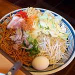 こだぬき - ピリ辛塩焼きそば(¥950)。炒め野菜たっぷりでヘルシー、ボリューム的にも満足です