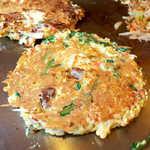 こだぬき - スタミナ焼、焼き上がりました! ここから調味料を塗っていきます