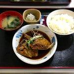 97384390 - かまの煮付定食¥900 2018.8.18