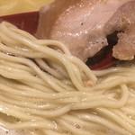 かぐら屋 - 細ストレート麺アップ